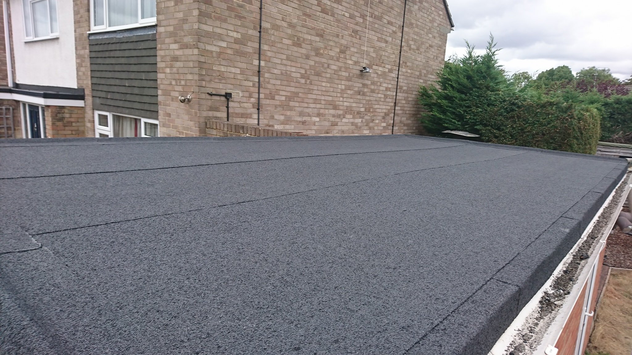 Flat Roofers Reading - Flat Roofers Berkshire - L Hill Roofing Ltd